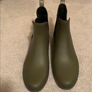 Ankle rain boots ☔️